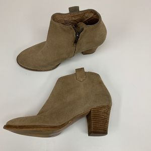 Madewell Billie Heeled Boot Suede Booties Size 6